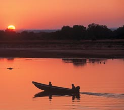 South Luangwa & Victoria Falls with Robin Pope Safaris - Semi Customized